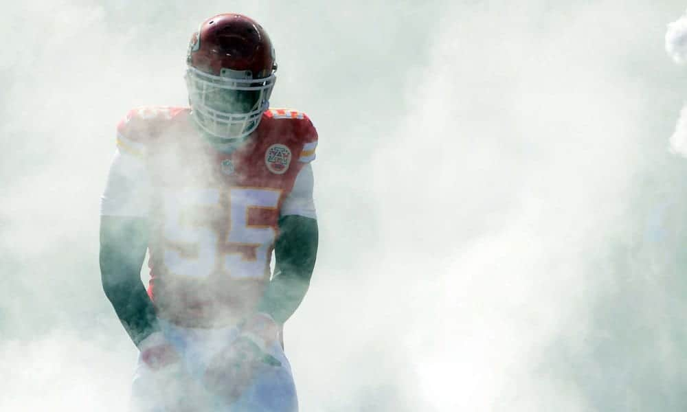 San Francisco 49ers pass rusher Dee Ford