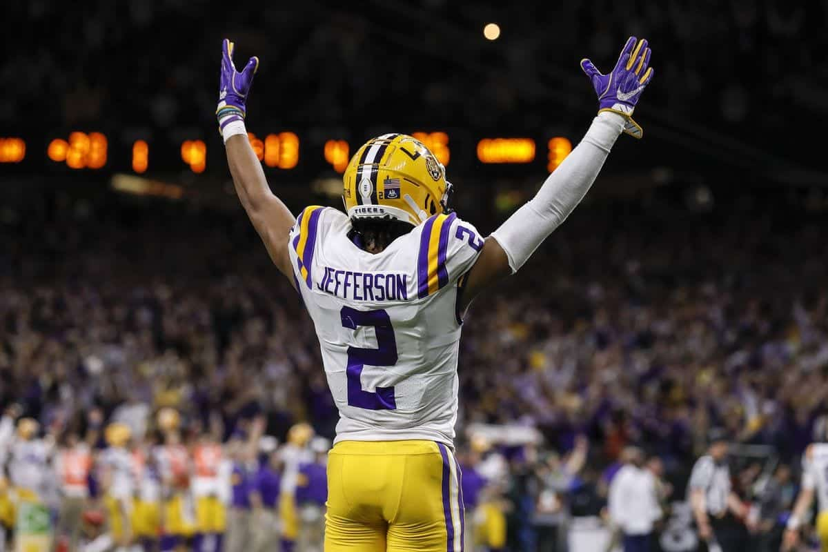 LSU wideout Justin Jefferson slips in Round 1 to Minnesota Vikings