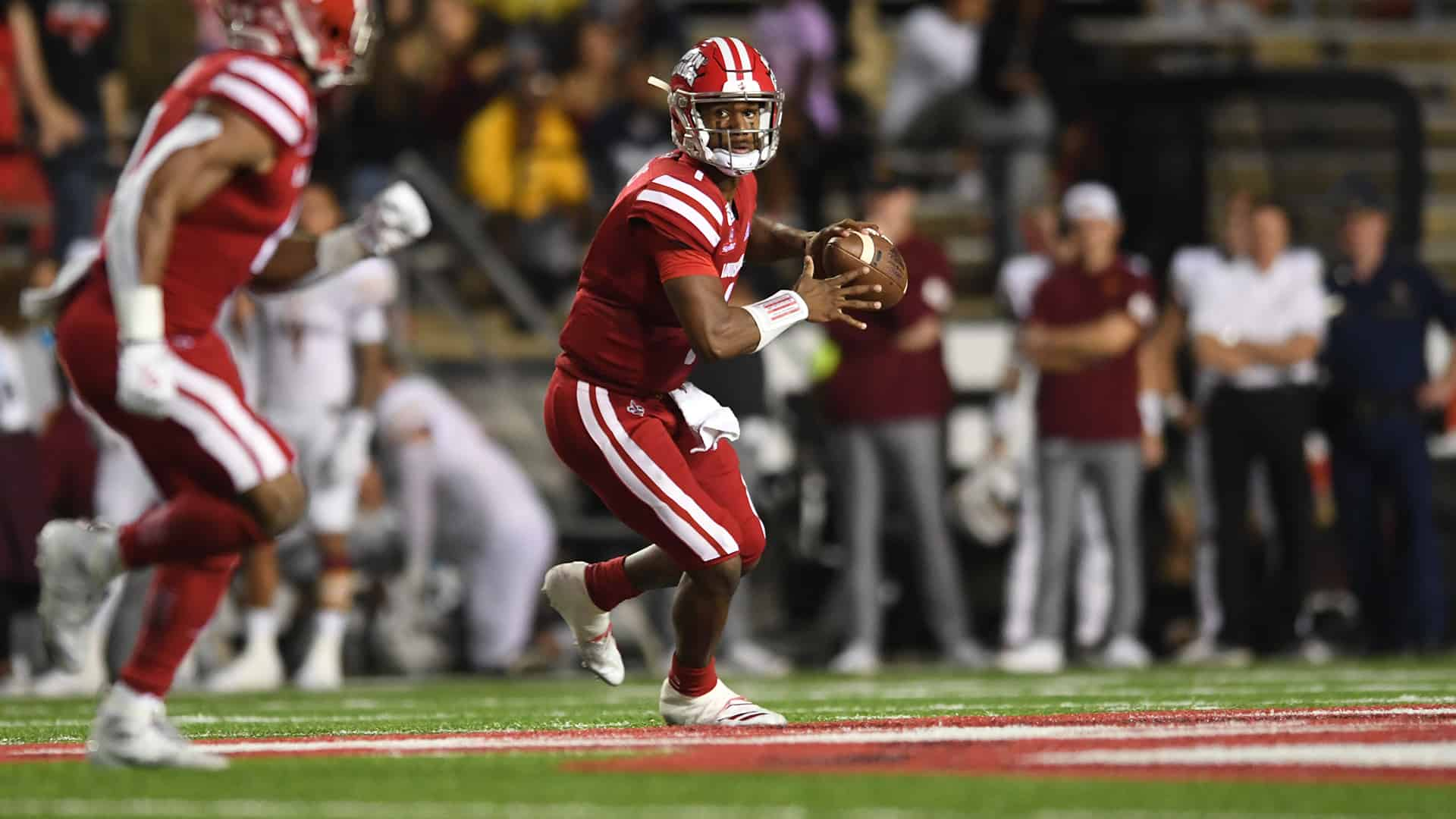 Louisiana Lafayette quarterback Levi Lewis chasing greatness