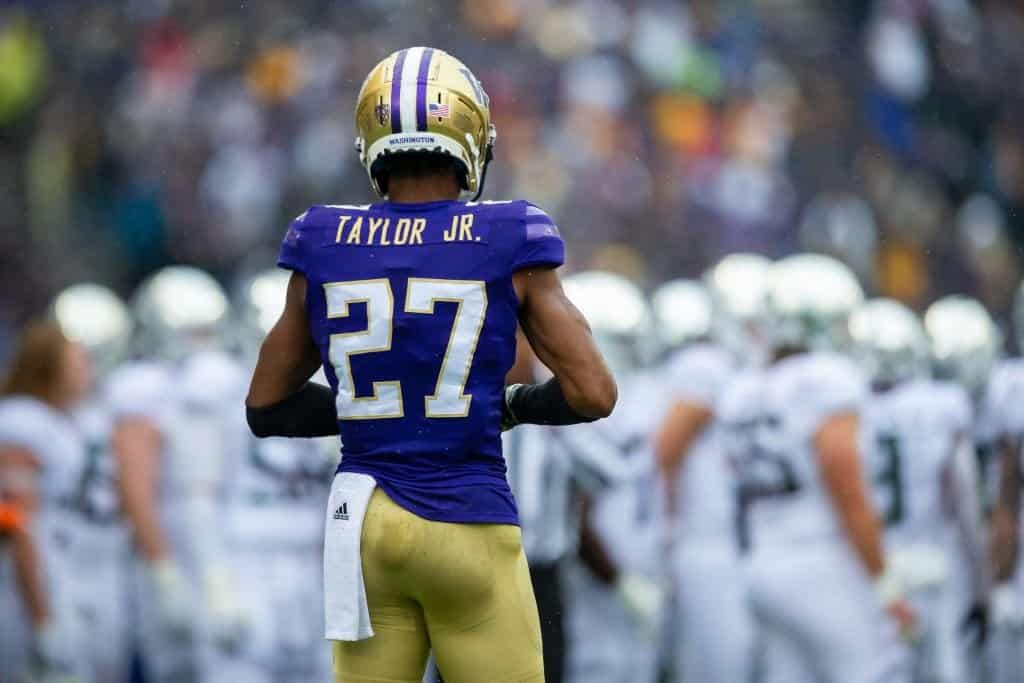 Two Washington Huskies cornerbacks battle for superiority