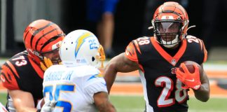 Should we hit the panic button on Joe Mixon in fantasy football?