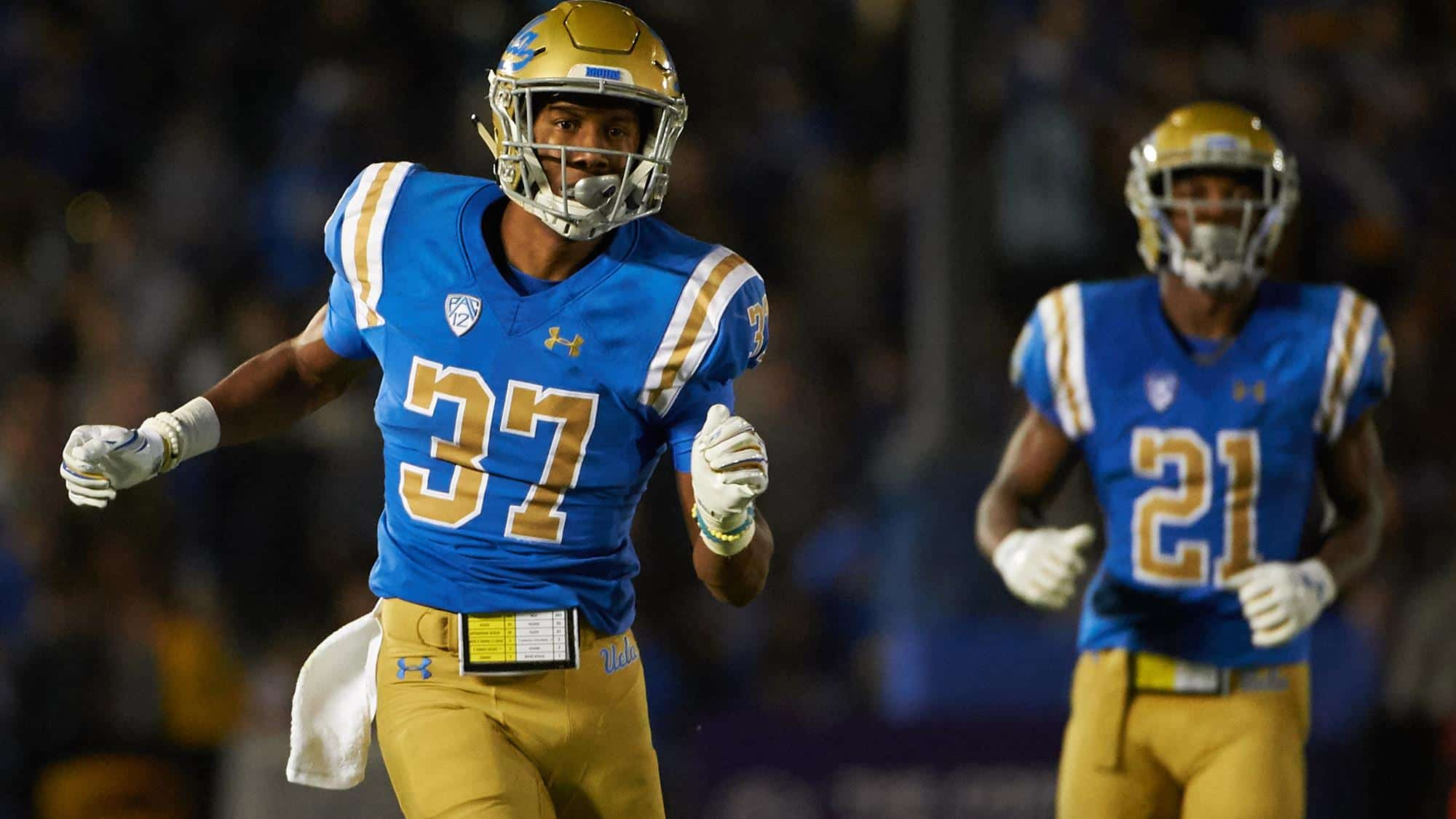 UCLA safety Quentin Lake isn't flashy, but has mastered the fundamentals