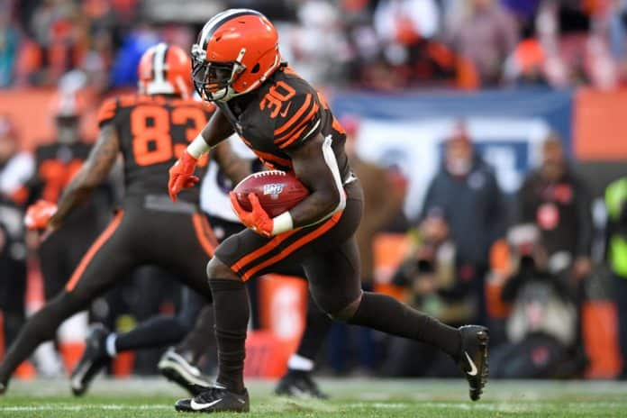 Is D'Ernest Johnson worth a fantasy football pickup after Chubb's Injury?