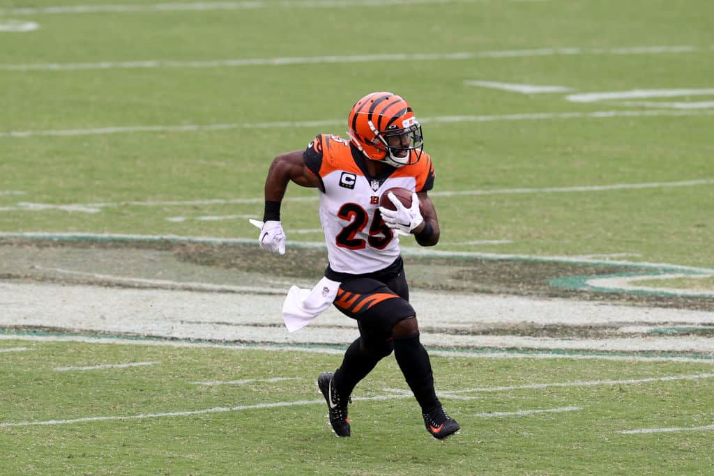 Is Giovani Bernard worth starting in fantasy lineups for Week 4?
