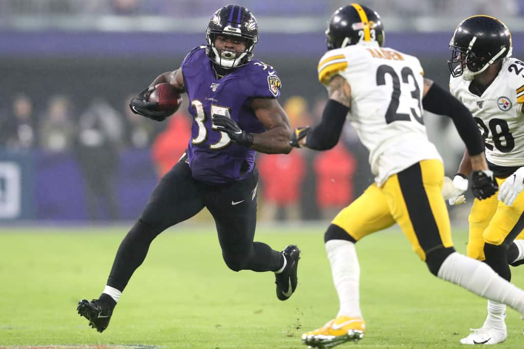 Is Gus Edwards a safe start in fantasy for Week 8?