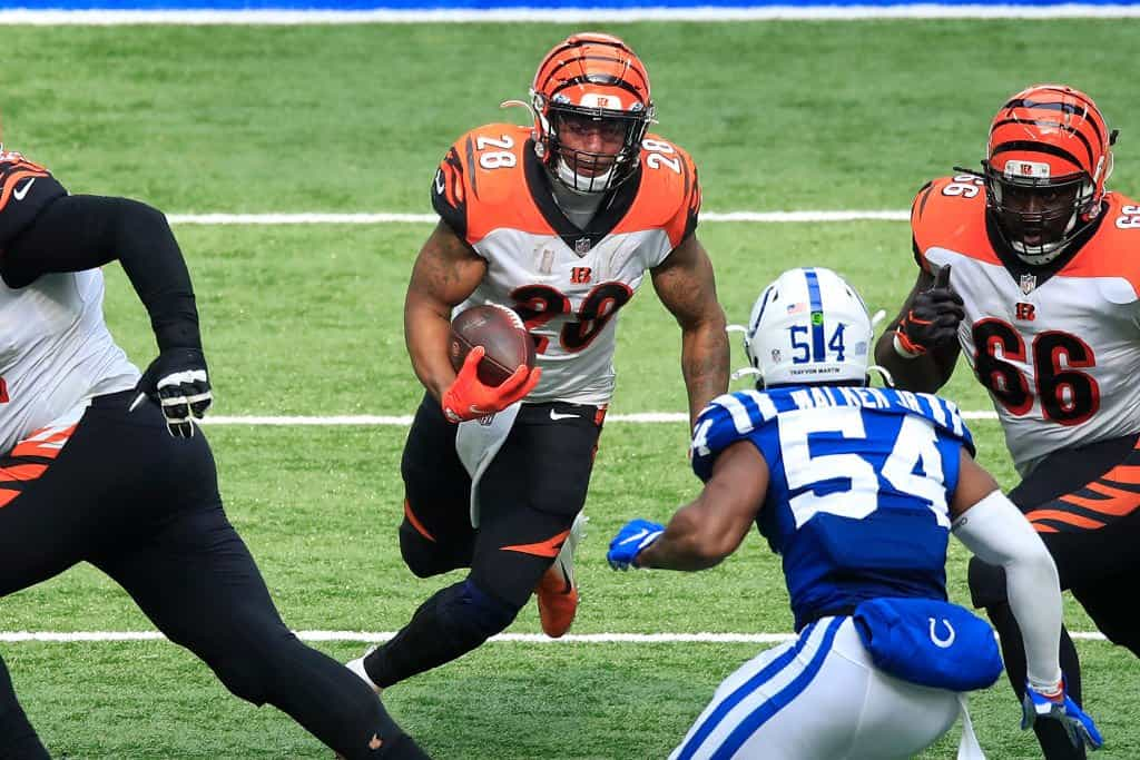 Joe Mixon Fantasy Outlook: Waiver wire targets if he is out for Week 7
