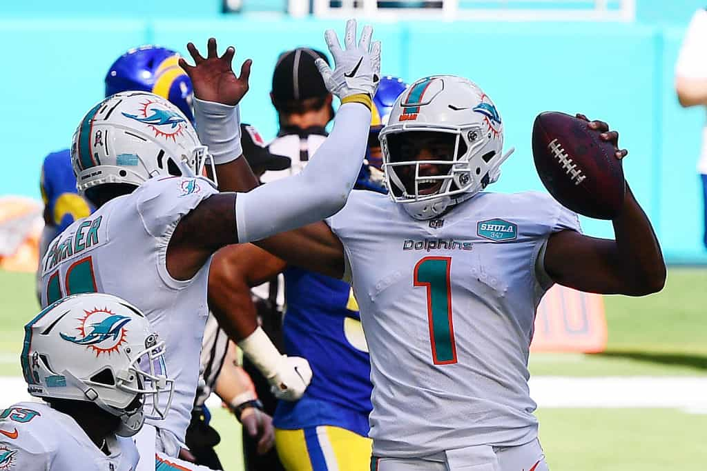 Tua Tagovailoa debuts as Dolphins starting quarterback