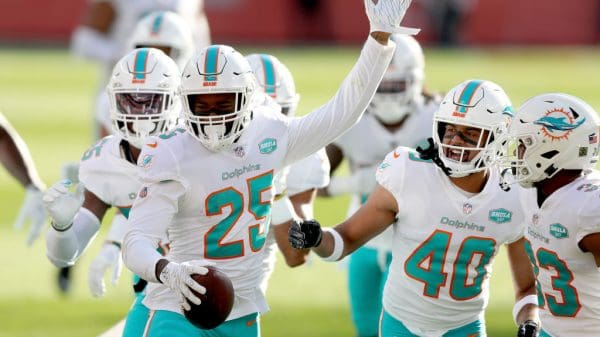 Fantasy Defense Rankings Week 12: D/ST must starts, sleepers, busts Miami Dolphins