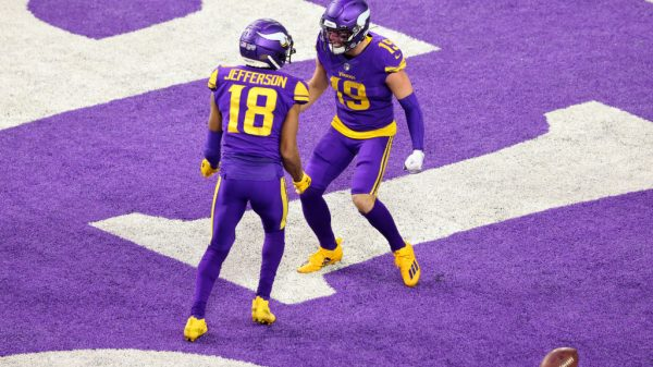 Adam Thielen or Justin Jefferson: Who is the better fantasy play?