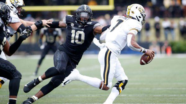 Dayo Odeyingbo, EDGE, Vanderbilt - NFL Draft Player Profile