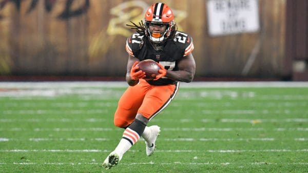 Kareem Hunt Fantasy Outlook: What to expect in Week 16