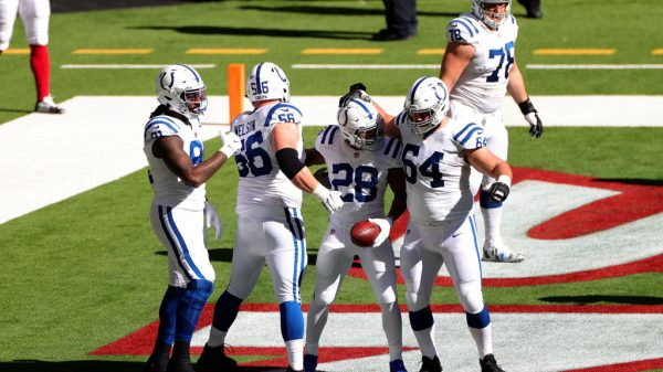 NFL Power Rankings Week 14: Colts capitalize off of Titans' stumble