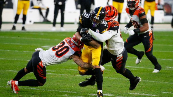 Steelers vs. Bengals Spreads for Monday Night Football in Week 15