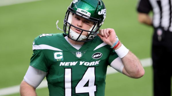 Will Sam Darnold stick around under Joe Douglas' new regime?