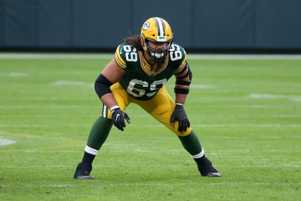 Who are the highest paid offensive tackles in the NFL in 2021?