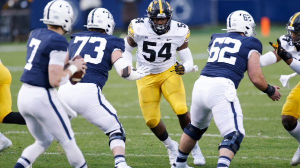 Daviyon Nixon, Defensive Tackle, Iowa - NFL Draft Player Profile
