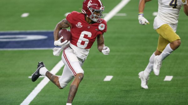 DeVonta Smith Dynasty Value: Where should you draft him in 2021 rookie dynasty drafts