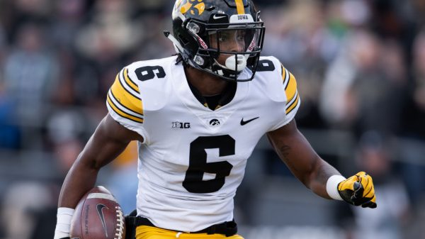 Ihmir Smith-Marsette, Wide Receiver, Iowa - NFL Draft Player Profile