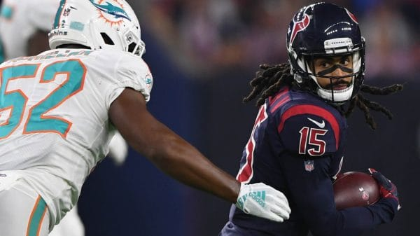 What are the Miami Dolphins doing in free agency