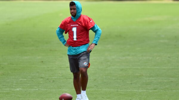 Should we be concerned about Tua Tagovailoa not knowing the playbook?