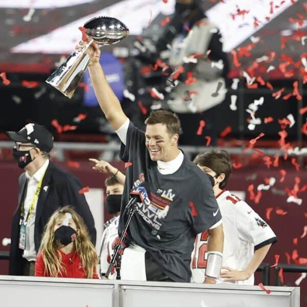 Predicting NFL playoff teams and 2022 Super Bowl winner